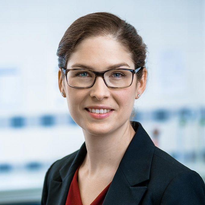 Sabine Hildebrandt leitet die Abteilung Forschung und Entwicklung.
