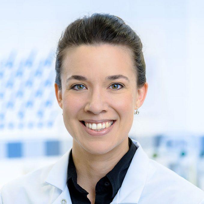 Yvonne Braun ist Technical Application Manager fuer den Bereich Getraenke.